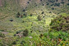 Покинутая ферма в вулканическом кратере Стоковая Фотография