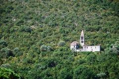 покинутая церковь стоковое изображение