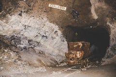 Покинутая шахта - ржавое оборудование Стоковая Фотография RF