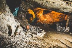 Покинутая шахта - ржавое оборудование Стоковое фото RF