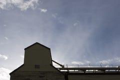 покинутое зерно лифта Стоковые Изображения