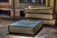 Покинутые книги Стоковые Изображения RF