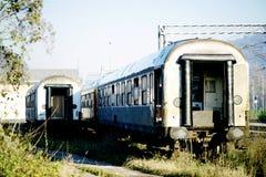 Покинутые фуры на старом вокзале Стоковые Изображения
