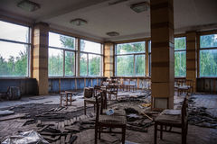 Покинутый буфет алюминиевого завода Воронежа стоковые изображения rf