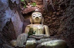 Покинутый Будда Стоковые Изображения RF