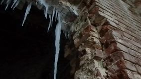Покинутый висок в зоне Kaluga центральной России видеоматериал