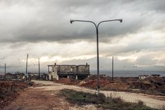 Покинутый городок в Ptolemaida Греции стоковые фотографии rf