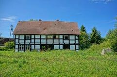 Покинутый деревенский дом Стоковое фото RF