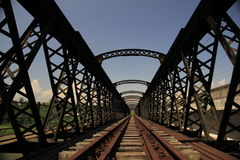 Покинутый железнодорожный мост Стоковая Фотография