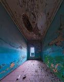 Покинутый интерьер комнаты Стоковая Фотография