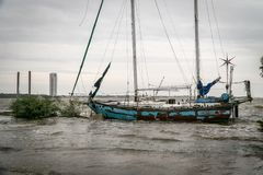 Покинутый корабль парусника разрушил на озере Техас Стоковые Фото