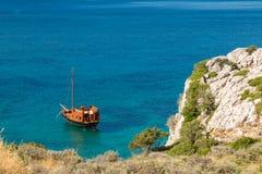 Покинутый корабль, Kolymbia, Родос Стоковое Фото