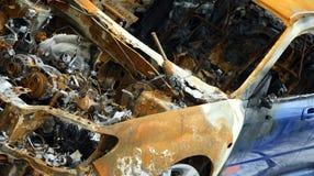 покинутый, котор сгорели автомобиль Стоковое фото RF