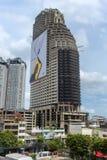 Покинутый небоскреб в центре Бангкока стоковая фотография rf