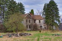 Покинутый дом фермы стоковая фотография rf