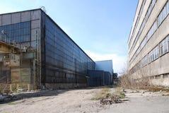покинутый промышленный пакгауз Стоковые Фото