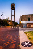 Покинутый старый мол городка, в Балтиморе, Мэриленд стоковое фото