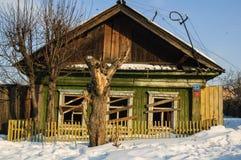 Покинутый старый дом в Tyumen Россия Стоковая Фотография
