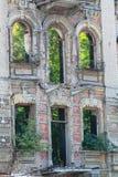 Покинутый строя фасад Стоковая Фотография