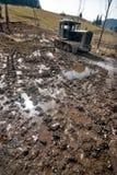 покинутый трактор грязи старый стоковое изображение