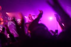 Поклонение Hillsong выполняя в Сент-Луис Миссури 10-ого апреля t стоковая фотография