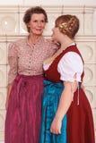 2 поколения женщин в dirndl Стоковые Изображения