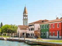 Покрасьте дома на острове Burano, Венеции, Италии Стоковая Фотография RF