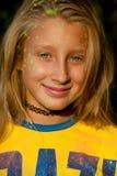 Покрасьте девушку Holi Стоковое Фото