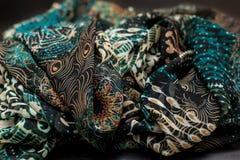 Покрасьте зеленое textil, silk ткань с pleats стоковое фото rf