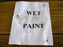 покрасьте знак влажным Стоковое Фото