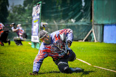 Покрасьте игрока шарика в конкуренции 2015 пейнтбола Таиланда международной Стоковое Изображение