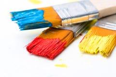 Покрасьте изображение на бумаге с щеткой Стоковые Фото