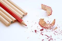 Покрасьте карандаши и shavings искусства деревянные Стоковое Изображение RF
