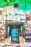 покрашенная дверь стоковая фотография rf