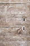 Покрашенная деревянная дверь с keyhole, текстурой Стоковые Изображения