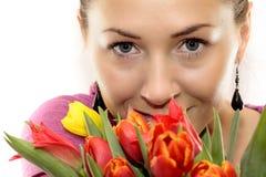 покрашенная женщина тюльпанов Стоковая Фотография
