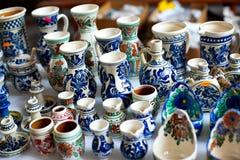 Покрашенная керамическая ваза Стоковое Фото