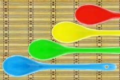 Покрашенная керамическая ложка Стоковые Фотографии RF