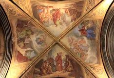 Покрашенная крыша в монастыре, Франция Стоковое Изображение