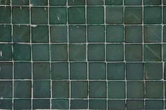 Покрашенная кухня стены стеклянного блока никто развевает, стоковое фото rf