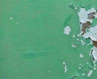 Покрашенная поверхность зеленой с отказами и отверстиями Стоковые Изображения