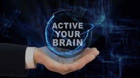 Покрашенная рука показывает Active hologram концепции ваш мозг на его руке видеоматериал