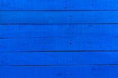Покрашенная старая деревянная поверхность, синь насытила цвет, деревянную текстуру, Стоковая Фотография RF