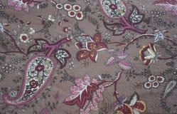Покрашенная тканью картина цветка текстуры народная деревенская стоковые фото