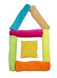 Покрашенная форма полотенец Terry дома изолированного на белизне Стоковое Изображение RF