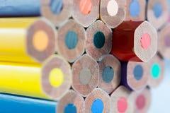 Покрашенное дно crayons стоковое изображение