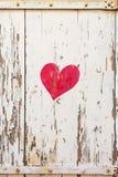 Покрашенное сердце на штарках в живописной деревне Mirabel Ardèche, Франции Стоковые Изображения RF