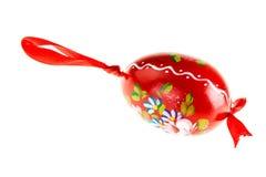 покрашенное яичко красным Стоковые Изображения