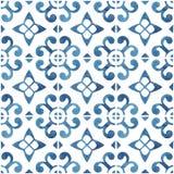 Покрашенные вручную плитки акварели с голубым орнаментом стоковые фотографии rf