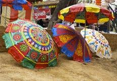покрашенные зонтики стоковое изображение rf